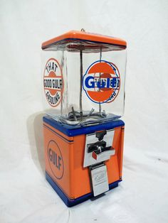 vintage Northwestern GULF GASOLINE gumball machine