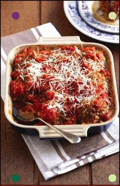 Selecting The Suitable Cheeses To Go Together With Your Oregon Wine Frikkadelle Met Tamatie-En-Uiesmoor Sarie Meatballs With Tomato And Onion Relish Braai Recipes, Mince Recipes, Cooking Recipes, Mince Meals, Meatball Recipes, South African Dishes, South African Recipes, Kos, Cooking