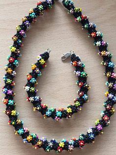 Seed Bead Necklace, Seed Bead Jewelry, Bead Jewellery, Beaded Earrings, Beaded Jewelry, Handmade Jewelry, Beaded Bracelets, Bead Crochet Patterns, Beading Patterns