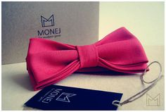 Red Men's Bow Tie -FREE SHIPPING- Handmade Wool Bowtie - Luxury Handmade Mens Gift - Pre-Tied - Vintage