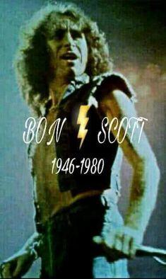 Bon Scott The greatest front man EVER ! Ac Dc, Bon Scott, Heavy Metal Music, Heavy Metal Bands, 80s Rock Bands, Cool Bands, Hard Rock, Rock Music, My Music