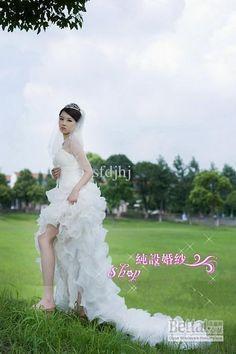 Pure design Elegant Level of the bride wedding dress short in front long drag Korean wedding