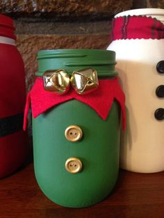 These adorable Christmas themed painted Mason jars will add holiday cheer to any room. This listing is for one jar. Please choose the jar of your choice in the drop down box. There is also an option for your choice of 3, but you MUST leave me your choices in the notes section.