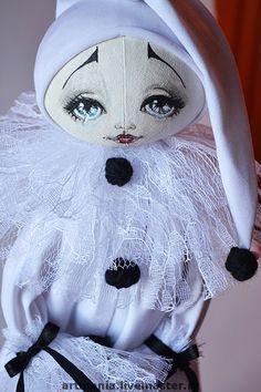 Pierrot Clown Dollx