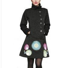Cappotto donna Desigual monopetto. In offerta a € 44,90 su http://qpoint.eu/prodotto/cappotto-donna-desigual/