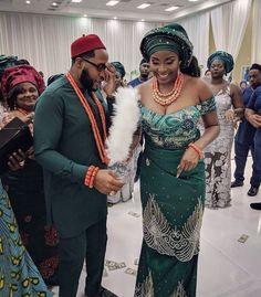 Nigerian Wedding Dresses Traditional, Traditional Wedding Attire, Traditional Dresses, African Wedding Attire, African Attire, African Dress, Nigerian Dress Styles, Nigerian Bride, Latest African Fashion Dresses