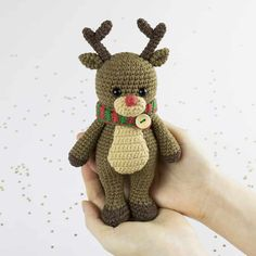 Place this adorable crochet reindeer under the tree to make Christmas morning extra cuddly! Make cute gifts to your loved ones with the help of this Cuddle Me Reindeer Crochet Pattern.