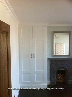 Fitted alcove wardrobe