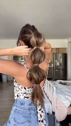 Pony Hairstyles, Easy Hairstyles For Long Hair, Braids For Long Hair, Hairstyles Videos, Cute Medium Length Hairstyles, Cute Quick Hairstyles, Bubble Ponytail, Braid Ponytail, Ponytail Tutorial