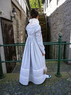 Kleidung um 1800: Ein Kleid aus Lenzens Himmelstüchern