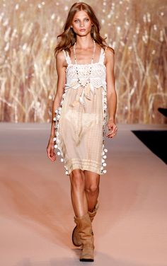 Anne Sui - Spring 2011