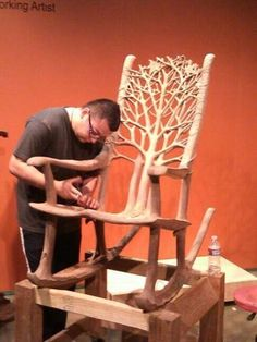 Hand made rocking chair, carved from one chunk of wood! Holzschnitzen , Hand made rocking chair, carved from one chunk of wood! Hand made rocking chair, carved from one chunk of wood! Woodworking Enthusiasts, Log Furniture, System Furniture, Handmade Furniture, Furniture Design, Wood Creations, Wood Sculpture, Sculptures, Wood Design