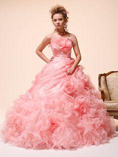 その他おすすめドレス | ブライダルコスチュームみつもと(三重県四日市)|ウェディングドレスレンタル、豊富なラインナップのウェディングドレス、カクテルドレスをご紹介します。
