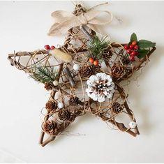 Homemade Christmas Decorations, Christmas Ornament Crafts, Christmas Bows, Handmade Christmas, Holiday Crafts, Crafty, Diy Christmas Decorations, Christmas Crafts, Rustic Christmas Decorations