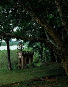 Geoffrey-Bawa_Lunuganga-Estate_9