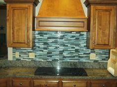 Kitchen Backsplash Panels, Glass Mosaic Tile Backsplash, Backsplash Ideas, Tile Ideas, Kitchen Cabinets, Glass Tiles, Glass Ceramic, White Cabinets, Mosaic Glass