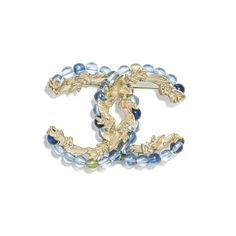 Discover the latest collection of CHANEL Costume jewelry. Explore the full range of Fashion Costume jewelry and find your favorite pieces on the CHANEL website. Fall Jewelry, Jewelry Accessories, Fashion Accessories, Fashion Jewelry, Jewelry Design, Chanel Costume Jewelry, Chanel Jewelry, Jewellery, Chanel Men