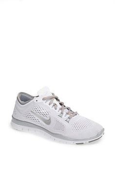 I had these they are the best shoe I have ever put in my feet but if you plan on running in dirt I would get black