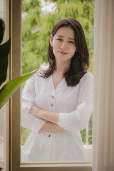 Son Ye-jin revealed his affection for Korean Actresses, Korean Actors, Actors & Actresses, Beautiful Girl Image, Most Beautiful Women, Korean Star, Korean Girl, Korean Beauty, Asian Beauty
