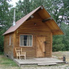 Large Cabin with Loft sleeps 6 - Go camping in Hamilton, Montana (Near Missoula) Beautiful!