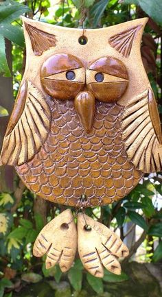 trendy bird sculpture for kids crafts Clay Owl, Clay Birds, Hand Built Pottery, Slab Pottery, Ceramic Pottery, Ceramic Birds, Ceramic Clay, Owl Crafts, Clay Crafts