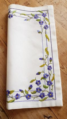 Beautiful embroidered floral tablecloth in linen from Sweden | Etsy