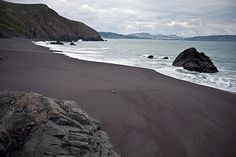 World's Most Unusual Colored Sand Beaches: Black Sand Beach, Golden Gate National Recreation Area, Sausalito, CA