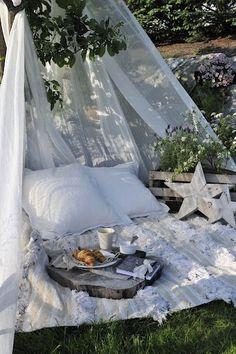 Crearsi un angoletto relax in giardino! 20 idee per ispirarvi…