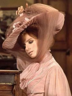 Barbra Streisand Hello Dolly-1969