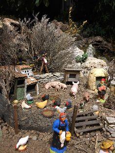 Jesus Christ Images, Disney Traditions, Xmas, Christmas Tree, Interior Plants, Natural Sugar, Natural Flavors, Diorama, Christmas Decorations