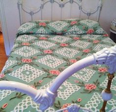 ~ VINTAGE CHENILLE BEDSPREAD SHABBY PINK ROSES ~ CHIC