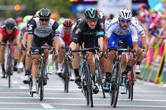 Fernando Gaviria takes stage 2 in Poland