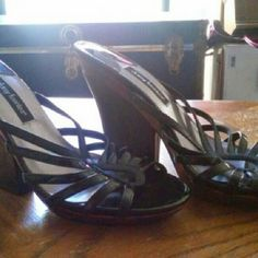 Daisy Fuentes wedges or Heeled Daisy Fuentes. Wedges. Heels. Worn maybe one time. Daisy Fuentes Shoes Wedges