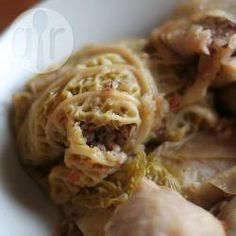 Gołąbki z kaszą gryczaną i pieczarkami @ allrecipes.pl Endometriosis Diet, Allrecipes, Spring Rolls, Sushi, Cabbage, Dinner Recipes, Vegetarian, Meat, Chicken