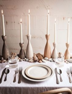 Farmhouse table centerpiece idea with wooden candleholders and taper candles credit: Farmhouse Pottery Farmhouse Pottery, Farmhouse Chic, Farmhouse Table Centerpieces, Be Light, Decoration Table, Centerpiece Ideas, Centrepieces, Deco Table, Bridal Shower Decorations