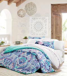Turn on the brights. New comforters are here and oh-so-dreamy. One of our favorites is the Kaleidoscope Comforter with its bright and detailed patterns. Put it on your bed for an instant upgrade.