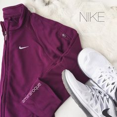 best value 54425 0fa8a Nike Dri-Fit Jacket✨ Such a beautiful jacket. This is a youth girls
