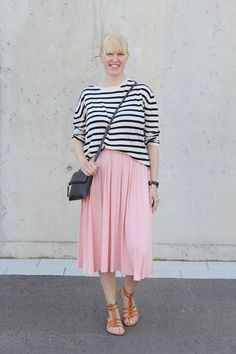 Midi skirt outfit / Pale pink midi skirt / Stripes / Kotisaari