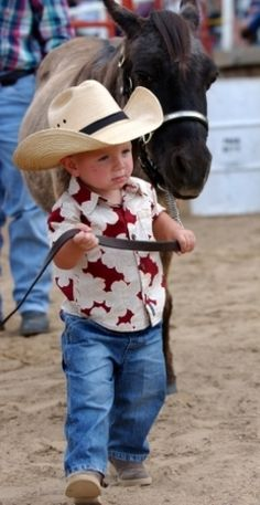 Little cowpoke leading his horse - so cute! Little Cowboy, Cowboy Up, Cowboy And Cowgirl, Precious Children, Beautiful Children, Cute Kids, Cute Babies, Farm Kids, Rodeo Life