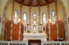 Traditional Catholic Altar | The Main Altar of Saint Isidore's Church where the Holy Sacrifice of ...