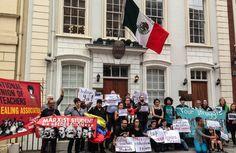 Organizaciones de la sociedad civil y diversos colectivos en Londres, Manchester y París, manifestaron su apoyo a los miembros de la Coordinadora Nacional de Trabajadores de la Educación (CNTE), expresaron su rechazo a los hechos violentos del domingo pasado en Nochixtlán, Oaxaca, así como su solidaridad con los familiares de los43 normalistas de Ayotzinapa desaparecidos en Iguala Guerrero, en septiembre de 2014.