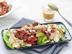 Cobbin salaatti Summer Recipes, Cobb Salad, Salad Recipes, Potato Salad, Salads, Food And Drink, Keto, Baking, Ethnic Recipes
