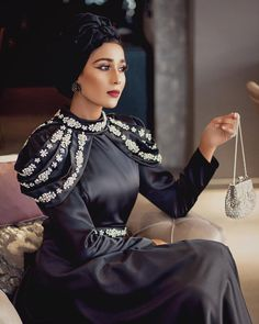 Iranian Women Fashion, Muslim Fashion, Modest Fashion, Hijab Fashion, Fashion Dresses, Prom Dresses Long With Sleeves, Long Sleeve Midi Dress, Navy Dress Outfits, Casual Dresses