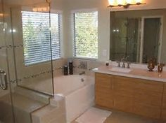 Browse our photo gallery to find ideas and the inspiration you need to remodel your bathroom.
