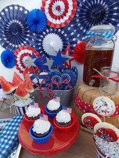 I love the watermelon slices on sticks! Patriotic Party #patriotic #party