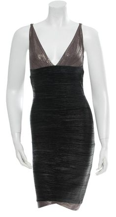 Herve Leger Dress. Free shipping and guaranteed authenticity on Herve Leger Dress at Tradesy. Sexy silver and black Herve Leger sleeveless banda...