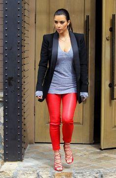 Kim Kardashian Photos - Kim and Kourtney Kardashian Do Lunch - Zimbio