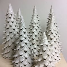 Tree Sculpture Clay Inspiration 33 Ideas For 2019 Hand Built Pottery, Slab Pottery, Pottery Art, Ceramic Christmas Decorations, Ceramic Christmas Trees, Christmas Clay, Christmas Crafts, Family Christmas, Christmas Ideas