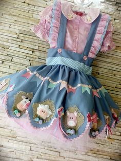 Frocks For Girls, Girls Dresses, Flower Girl Dresses, Sewing Kids Clothes, Doll Clothes, Girl Fashion, Fashion Dresses, Fur Clothing, Cute Outfits For Kids