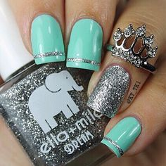 """If you're unfamiliar with nail trends and you hear the words """"coffin nails,"""" what comes to mind? It's not nails with coffins drawn on them. It's long nails with a square tip, and the look has. Fancy Nails, Trendy Nails, Diy Nails, Cute Nail Designs, Acrylic Nail Designs, Teal Acrylic Nails, Mint Nail Designs, Teal Nail Art, Turquoise Nail Designs"""